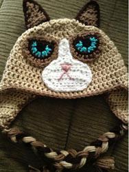 bonnet grumpy cat